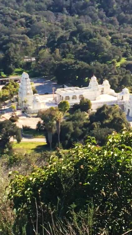 malibu hindu temple zoomed in on